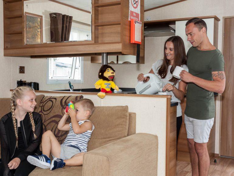 Luckie Caravan lounge