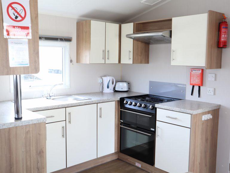 Luckie Caravan kitchen