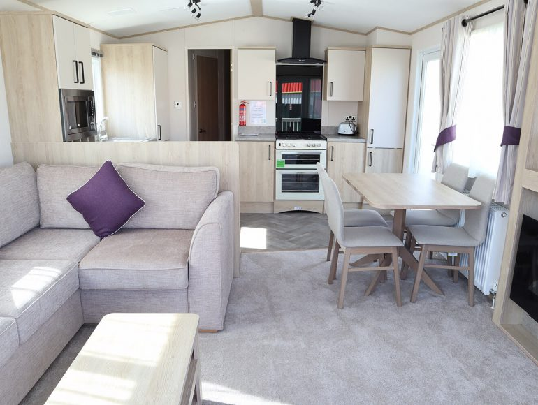 Platinum caravan lounge