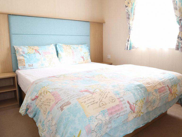Luxury 6 Berth Caravan double bedroom