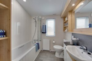Willerby Pinehurst-Bathroom