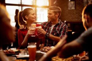 Couple-Pub-Food-Drink
