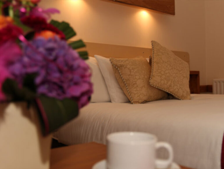 The-Villager-Pub-Hotel-Room