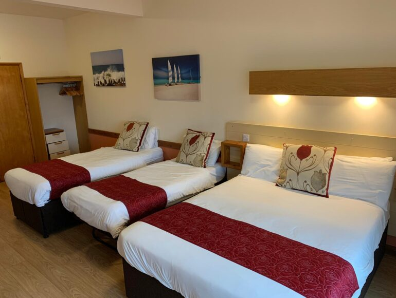 The-Villager-Pub-Hotel-Room-Large-Family